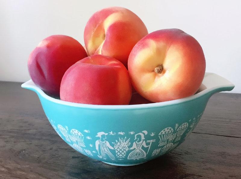 summer-sweet-peach-pie